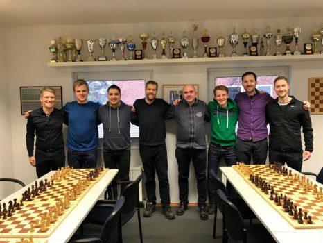 v.l. Norbert, Tom-Federic, Ole, Björn, Igor, Julian, Derek und Arne (es fehlte leider Matthias) Foto: Norbert Schumacher
